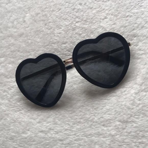 a33727b7c12c8 PacSun Heart Shaped Sunglasses. M 5cae3f0c2e7c2f9dfd4c7557